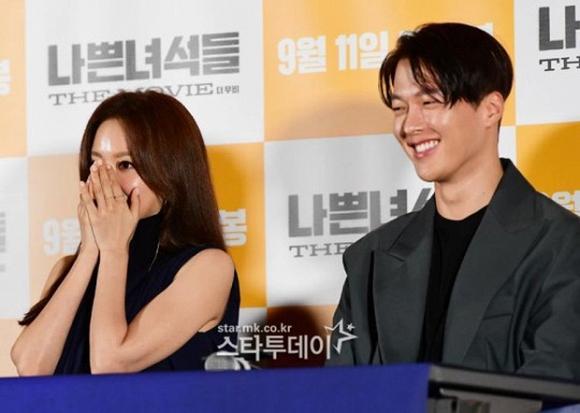 Mỹ nhân Sắc đẹp ngàn cân Kim Ah Joong mất điểm vì làn da bóng dầu-3