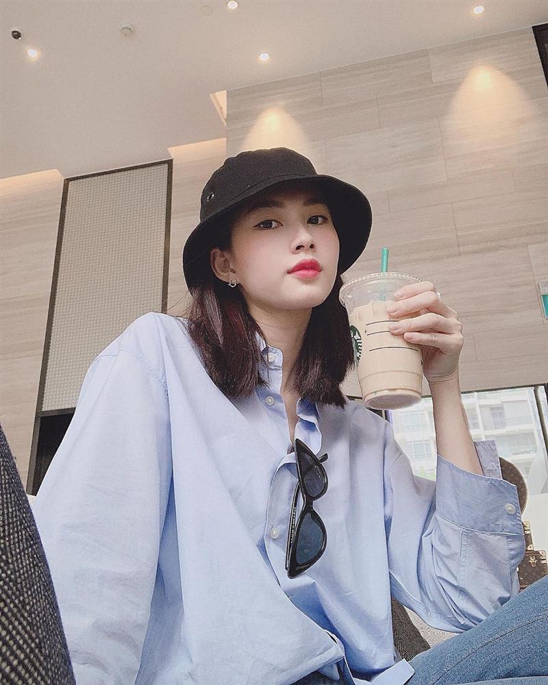 Hoa hậu Đặng Thu Thảo xuất hiện với gương mặt khác lạ đến fans ruột cũng chẳng nhận ra-1