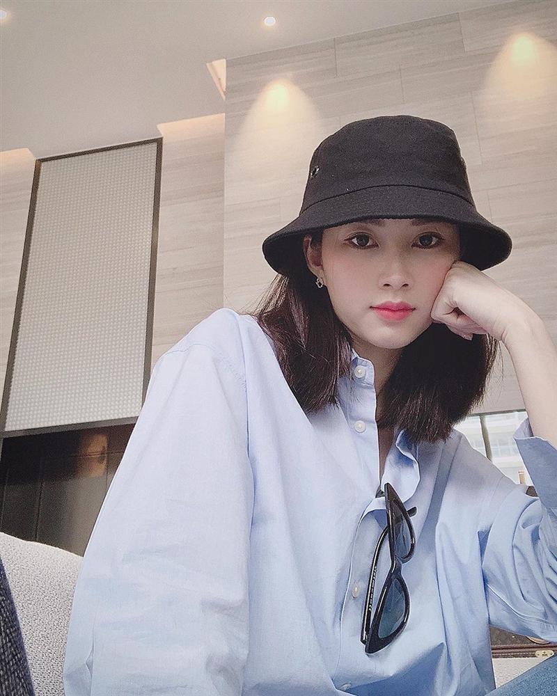 Hoa hậu Đặng Thu Thảo xuất hiện với gương mặt khác lạ đến fans ruột cũng chẳng nhận ra-3