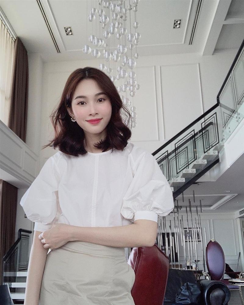 Hoa hậu Đặng Thu Thảo xuất hiện với gương mặt khác lạ đến fans ruột cũng chẳng nhận ra-8