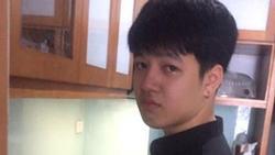 Tấm hình hot nhất hôm qua: Chàng tân sinh viên vừa nấu cơm, vừa khóc vì nhớ mẹ