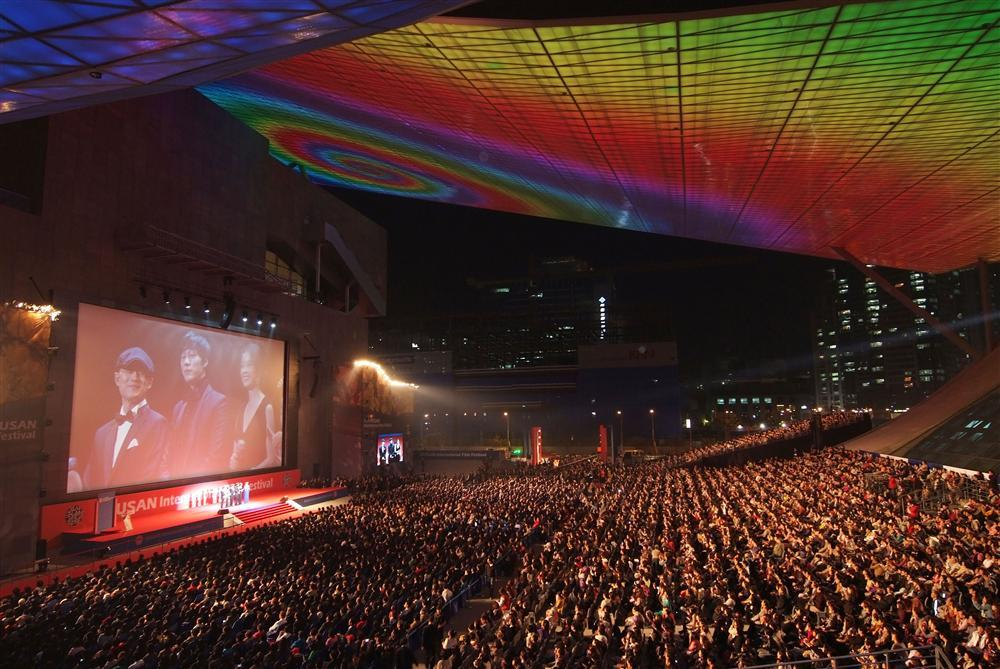Không hẹn mà gặp, điện ảnh Việt có đến 2 phim tham dự LHP quốc tế Busan 2019-1