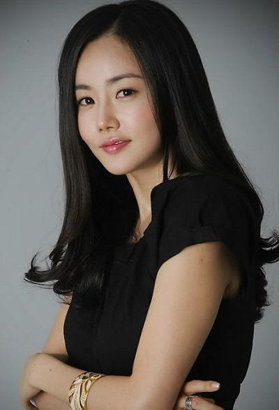 Goo Hye Sun tố chồng ngoại tình với bạn diễn nữ, fan lục lại phim của Ahn Jae Hyun sau khi cưới-11
