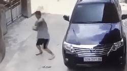 'Best tổ lái': Tên trộm đang hành sự, ngước thấy camera liền chuyển sang nhảy múa như vũ công
