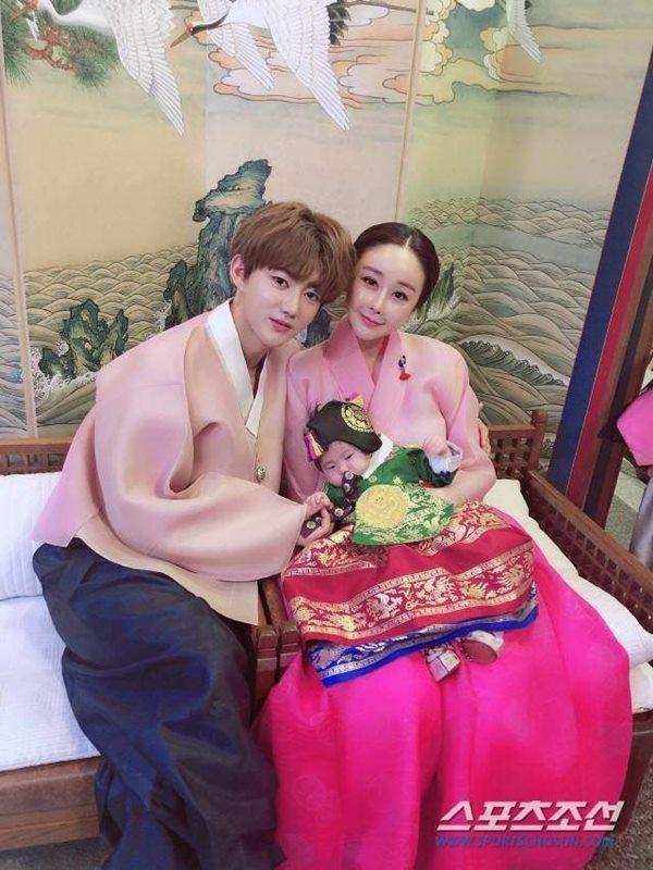VZN News: Hoa hậu Hàn lấy chồng đáng tuổi cháu, mỗi tháng được cho 20 triệu, chồng vẫn khóc đòi ly hôn-4