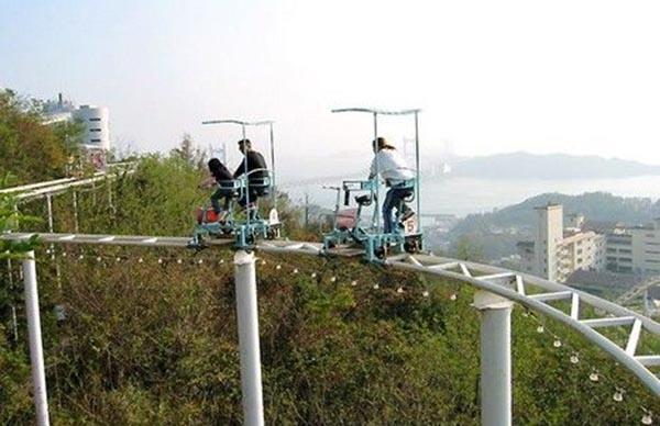 Đi xe đạp giữa không trung: Trò chơi không dành cho du khách yếu tim-3