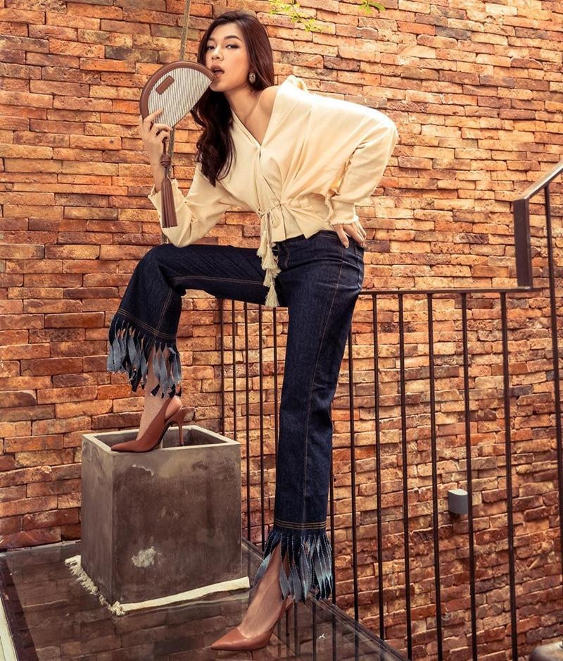 Trịnh Thăng Bình - Liz Kim Cương mặc đồ đôi đi du lịch Pháp, Tú Hảo tự tin thả rông xuống phố-3