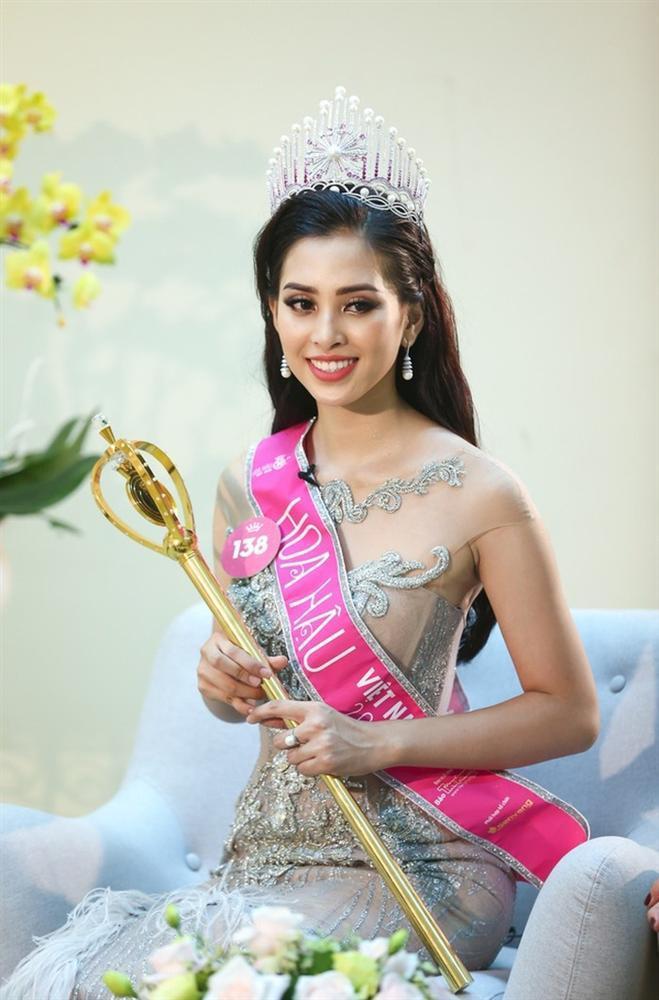 Bất ngờ trước khả năng thả thính cực đỉnh của hoa hậu 10X Trần Tiểu Vy-1