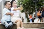 Kết hôn sau 8 năm yêu, cặp đôi vợ chồng 90cm khó sinh con bây giờ ra sao?