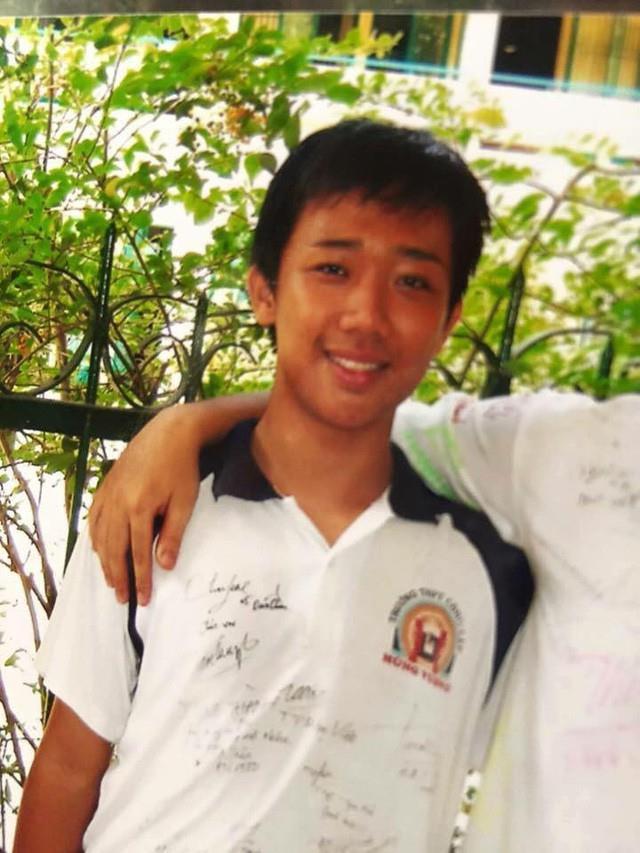 Sơn Tùng mặc áo khoác cá tính, Kỳ Duyên diện đồ đơn giản thời đi học-2