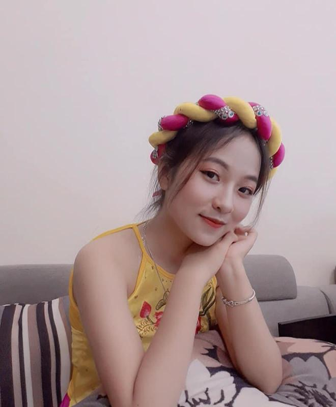 Nữ sinh Thái Nguyên bỗng nổi trên mạng sau bài múa ở lễ khai giảng-3