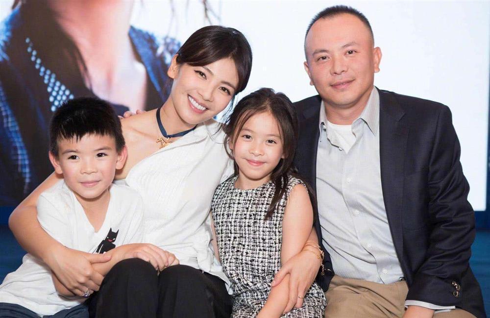Mới 11 tuổi nhưng ái nữ của A Châu Lưu Đào đã lộ rõ tố chất của một đại mỹ nhân-3
