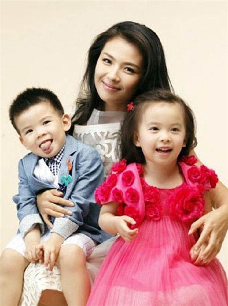 Mới 11 tuổi nhưng ái nữ của A Châu Lưu Đào đã lộ rõ tố chất của một đại mỹ nhân-4