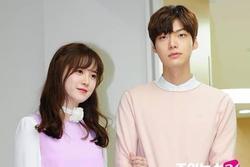 Người quen tiết lộ lí do Ahn Jae Hyun giữ im lặng mặc cho Goo Hye Sun đăng đàn tố ngoại tình