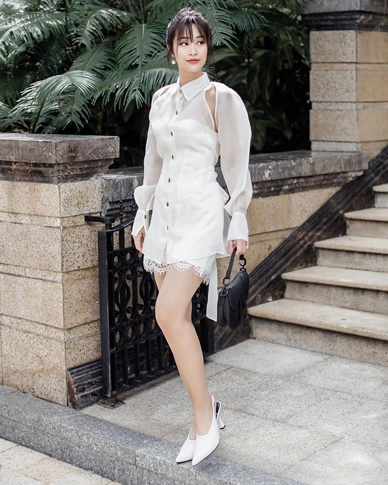 Đông Nhi lấy lại phong độ với 2 màn street style ấn tượng - Ninh Dương Lan Ngọc lên đồ như nữ sinh-2