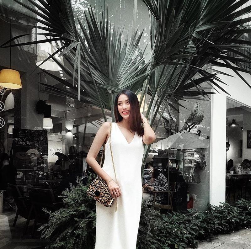 Đông Nhi lấy lại phong độ với 2 màn street style ấn tượng - Ninh Dương Lan Ngọc lên đồ như nữ sinh-8