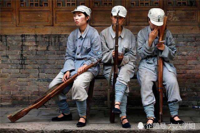 Cảnh tủi nhục của diễn viên quần chúng ở Trung Quốc-16