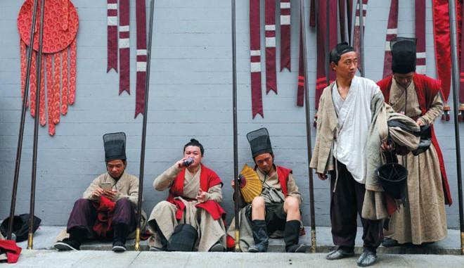 Cảnh tủi nhục của diễn viên quần chúng ở Trung Quốc-2