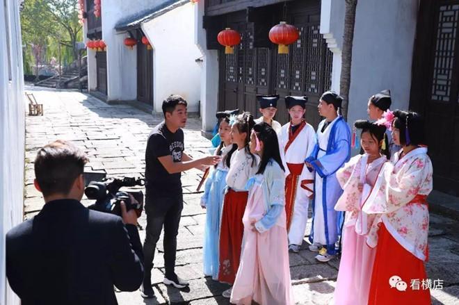 Cảnh tủi nhục của diễn viên quần chúng ở Trung Quốc-12