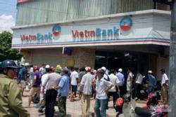 Hà Nội: Bắt giữ đối tượng cầm súng giả xông vào cướp ngân hàng