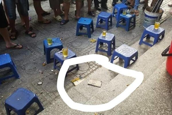 VZN News: Sau 2 tiếng nổ lớn, người đàn ông đổ vật ở chung cư HH Linh Đàm-2