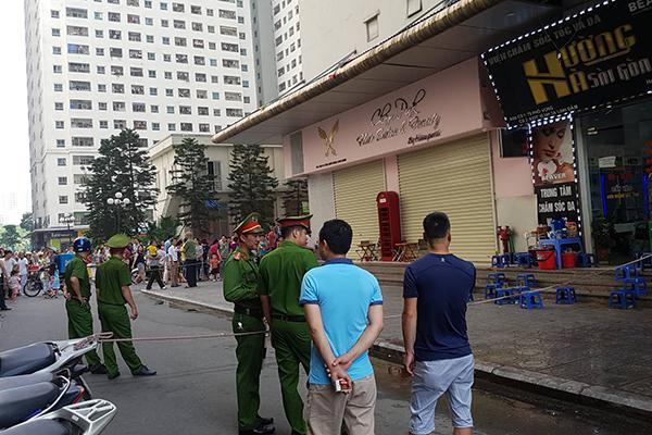 VZN News: Sau 2 tiếng nổ lớn, người đàn ông đổ vật ở chung cư HH Linh Đàm-6