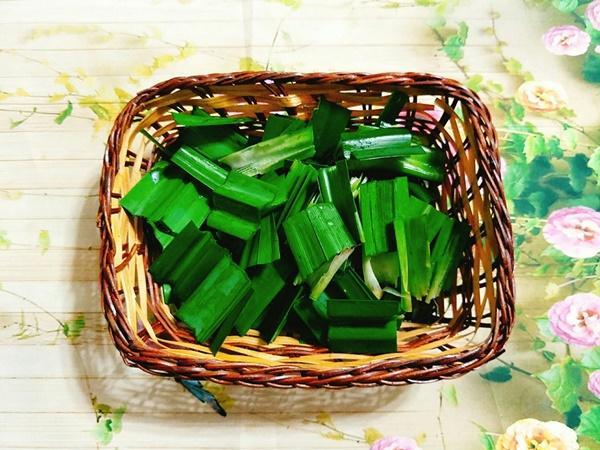Hướng dẫn làm bánh Trung thu đậu xanh lá dứa-4