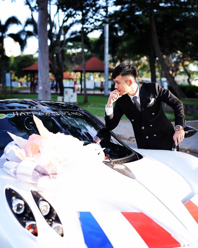 BẤT NGỜ CHƯA: Ngay trước hôn lễ của con gái, Minh Nhựa diện vest bảnh bao đòi làm đám cưới lần 3 này-2