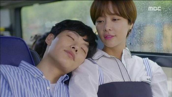 Điểm danh những phim Hàn hài hước lãng mạn quá lố những vẫn khiến fan mê mệt-3