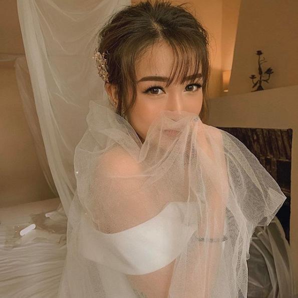 Cận cảnh dàn xe sang trị giá gần 100 tỷ đồng hộ tống con gái Minh Nhựa về nhà chồng-2