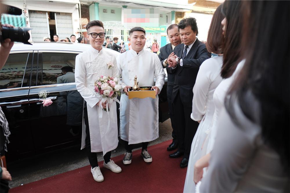 Cận cảnh dàn xe sang trị giá gần 100 tỷ đồng hộ tống con gái Minh Nhựa về nhà chồng-5