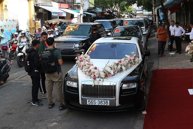 Cận cảnh dàn xe sang trị giá gần 100 tỷ đồng hộ tống con gái Minh Nhựa về nhà chồng-3