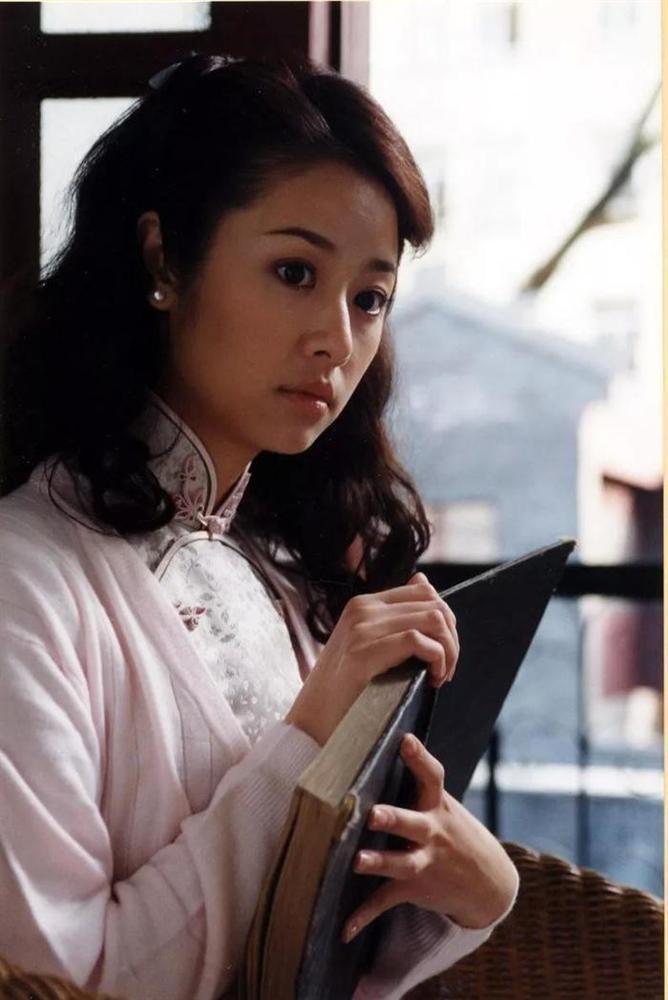 Vì sao Lâm Tâm Như không thể giữ được phong độ trong sự nghiệp như Triệu Vy hay Phạm Băng Băng?-3