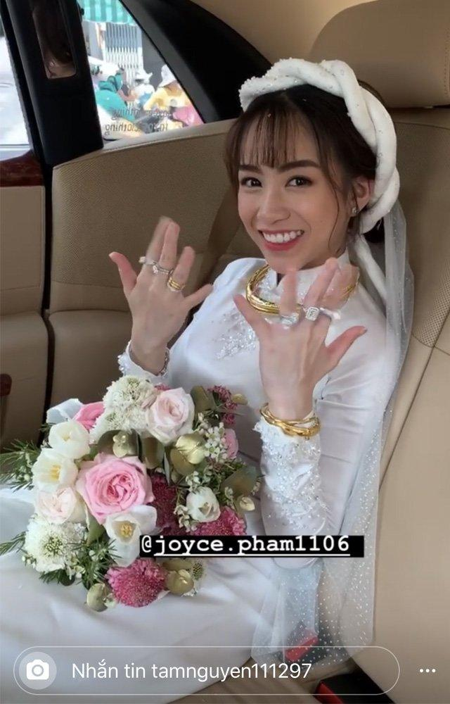 Nhà siêu giàu, con gái đại gia Minh Nhựa vẫn diện lại áo dài cưới trong lễ đón dâu-5