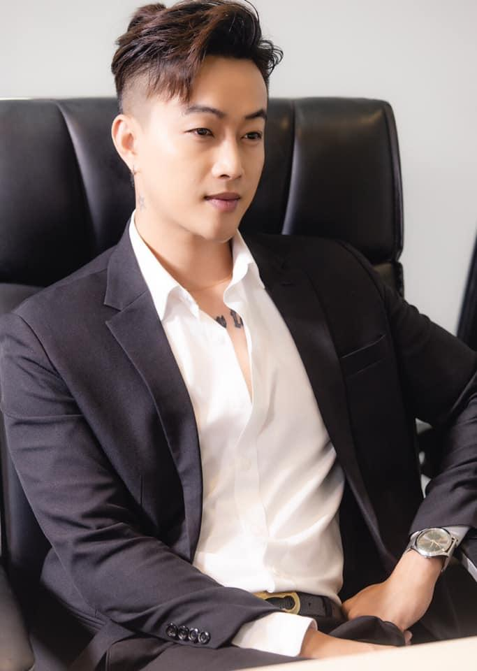 Cựu trưởng nhóm HKT hủy toàn bộ show diễn, thủng màng nhĩ không thể nghe được-3