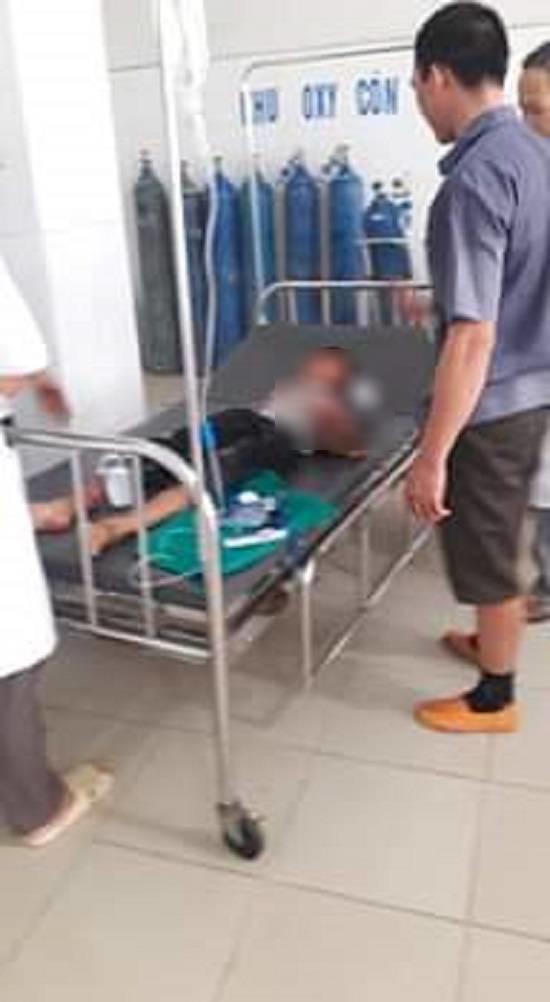 VZN News: Vụ cháu bé bị bác họ chém đứt lìa tay ở Bắc Giang: Nạn nhân vô cùng sợ hãi, hoảng loạn khi tỉnh lại-2