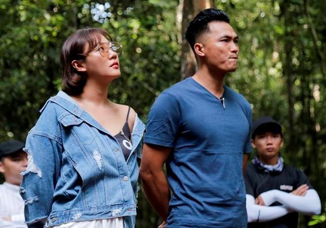 Phương Oanh gay gắt tố Trương Quỳnh Anh chơi xấu, khán giả bàn luận gì về màn cãi vã tay đôi?-2