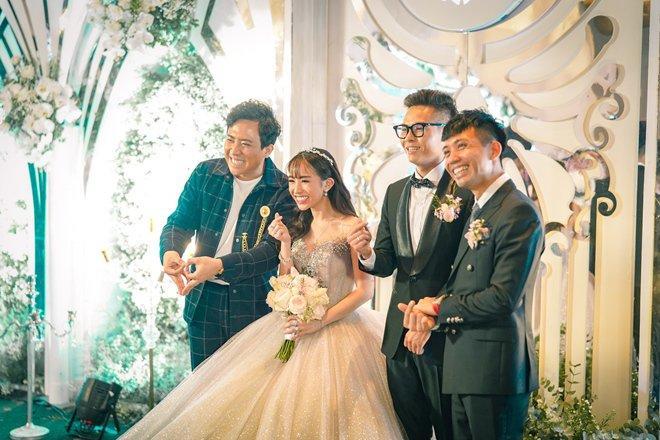 Đám cưới con gái đại gia Minh Nhựa chi gần 20 tỷ nhưng thực đơn chỉ có 5 món-1