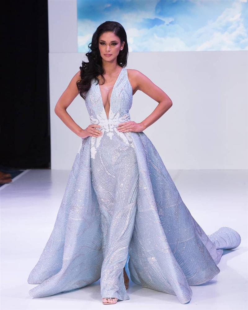Bản tin Hoa hậu Hoàn vũ 9/9: Hoàng Thùy chỉ diện đầm tối giản vẫn tỏa sáng giữa dàn đối thủ-7