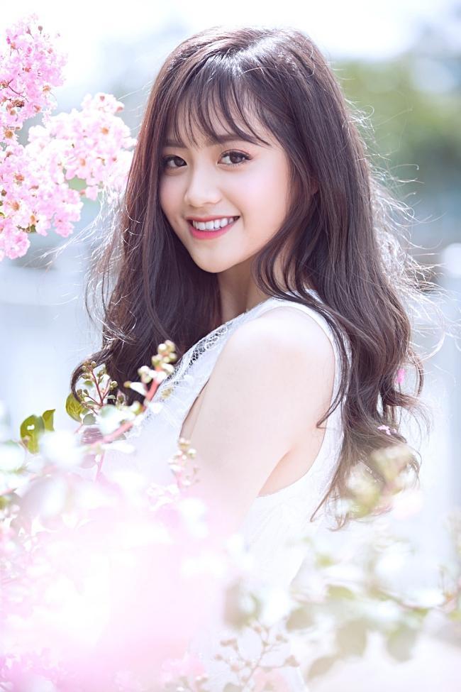 Chân dung gái xinh hát dở ẹ được Dương Triệu Vũ hối thúc đi thi Hoa hậu tại Giọng Ải Giọng Ai-8