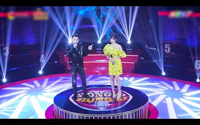 Chân dung gái xinh hát dở ẹ được Dương Triệu Vũ hối thúc đi thi Hoa hậu tại Giọng Ải Giọng Ai-1