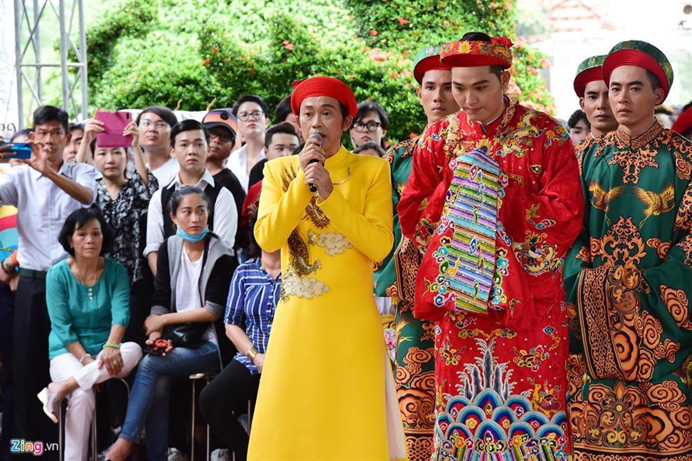 Hoài Linh làm lễ dâng hương Tổ nghề, nhiều nghệ sĩ Việt tham dự-1