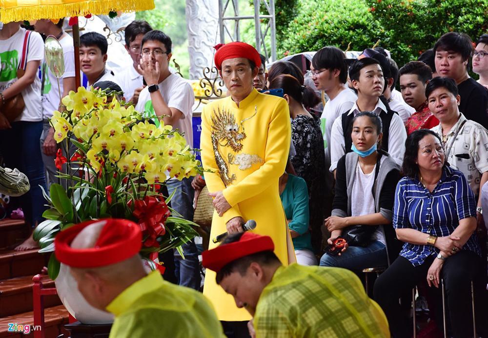 Hoài Linh làm lễ dâng hương Tổ nghề, nhiều nghệ sĩ Việt tham dự-2