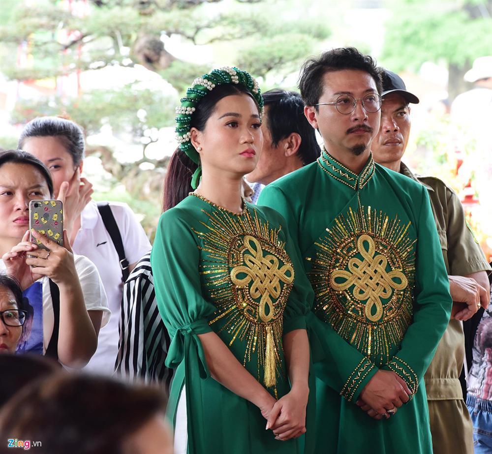 Hoài Linh làm lễ dâng hương Tổ nghề, nhiều nghệ sĩ Việt tham dự-5