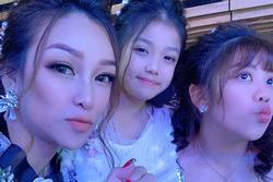 Khoe ảnh 'sương sương' ở đám cưới con gái, vợ cả Minh Nhựa  gây bất ngờ bởi ngoại hình trẻ đẹp