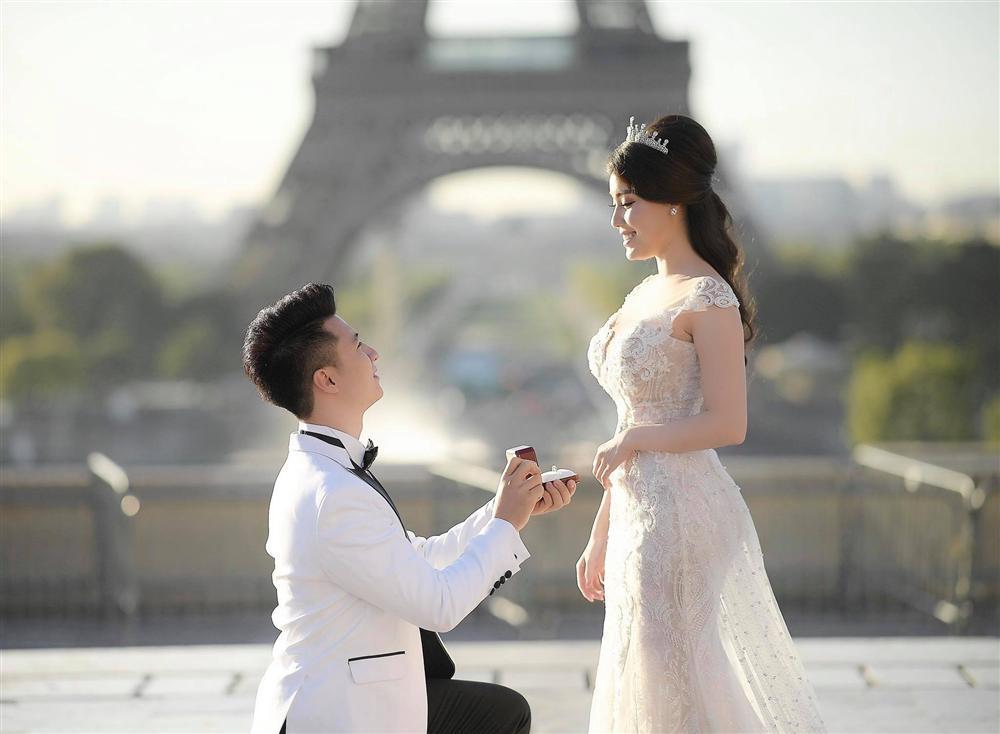 Hủy hôn với con trai nghệ sĩ Hương Dung, nữ giảng viên xinh đẹp được bạn trai hotboy cầu hôn tại tháp Eiffel-1