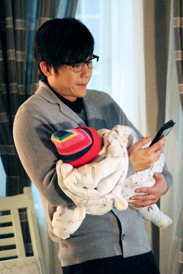 VZN News: Hậu chia tay Phạm Băng Băng, Lý Thần trở thành ông bố bất đắc dĩ-7