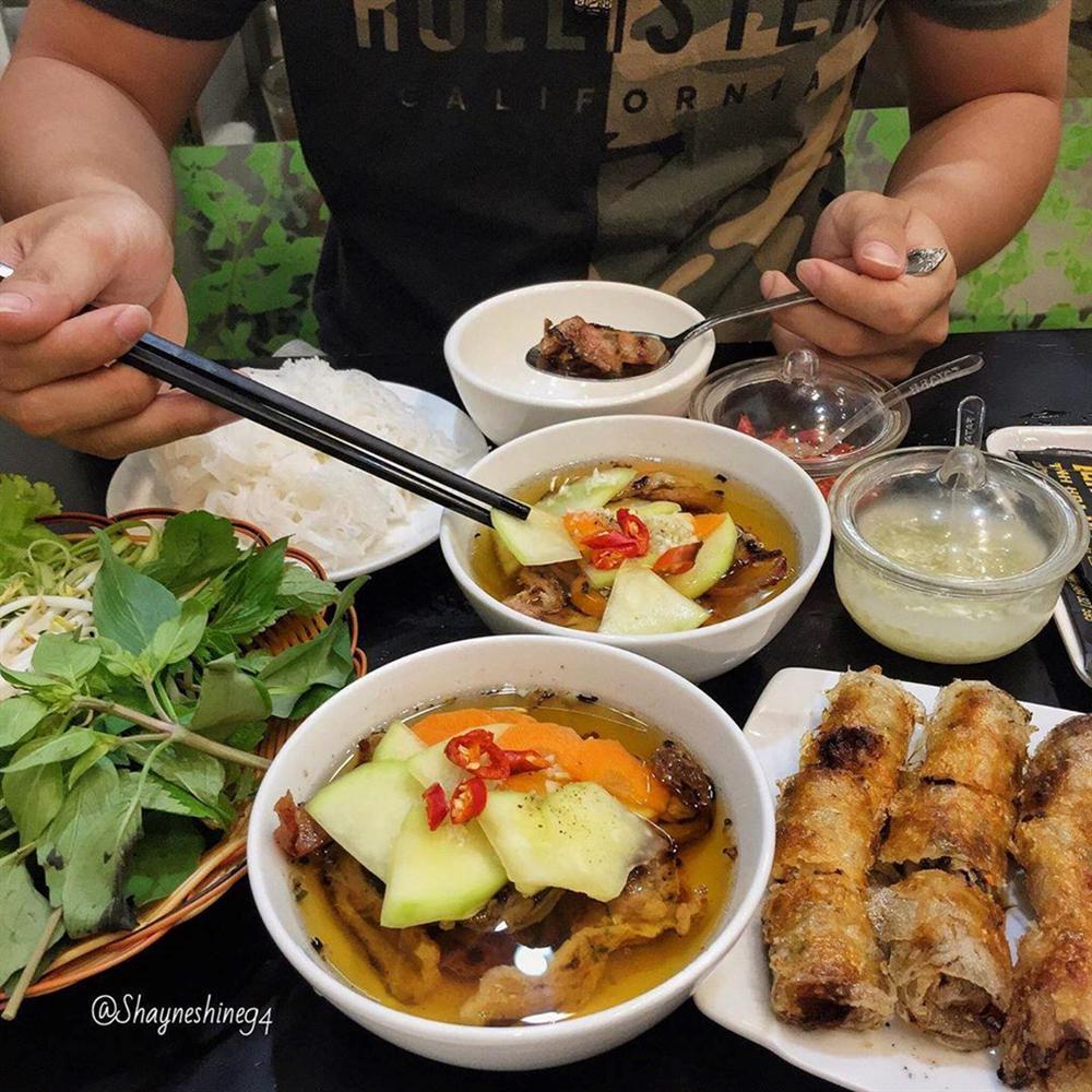5 tiệm bún chả Hà Nội thu hút thực khách ở TP.HCM-1