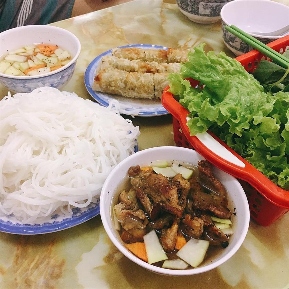 5 tiệm bún chả Hà Nội thu hút thực khách ở TP.HCM-2