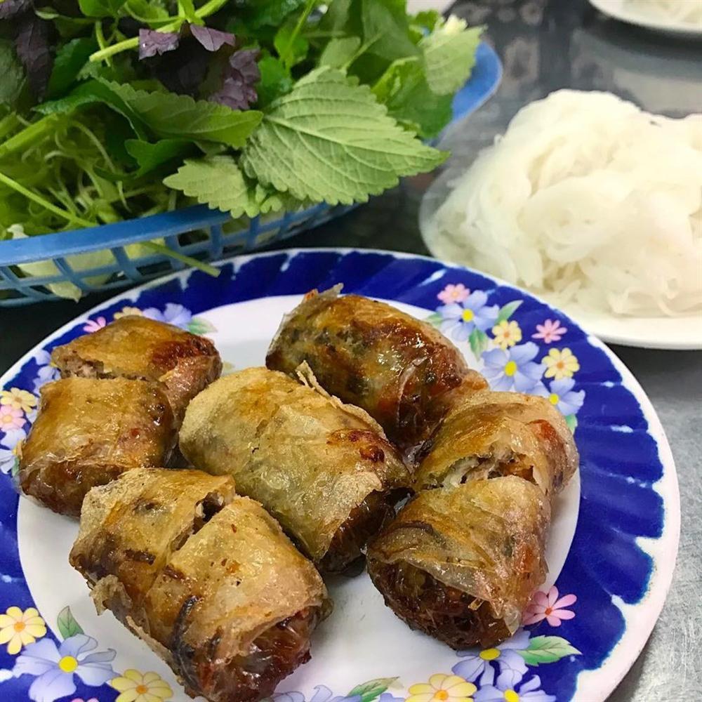 5 tiệm bún chả Hà Nội thu hút thực khách ở TP.HCM-4